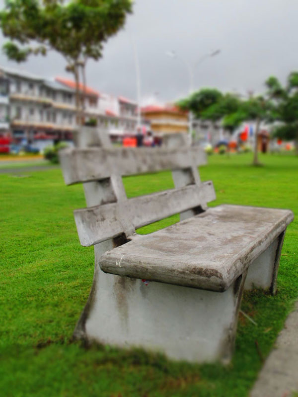 panama city park bench