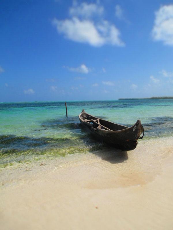 kuna yala sailboat