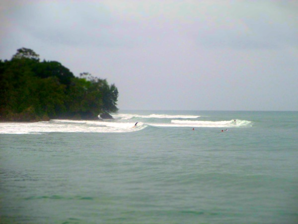 Surfing Isla Carenero